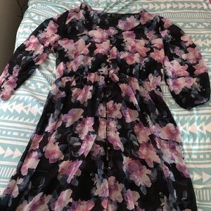 FOREVER 21 FLORAL BUTTON UP DRESS